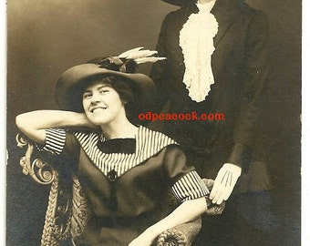 Smiling friends large hats real photo postcard fashion gloves York PA