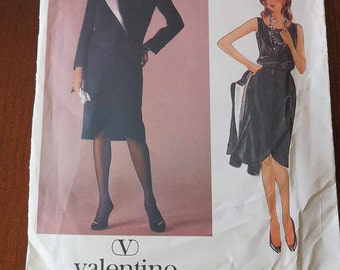 Vintage VOGUE 1233 Designer Original VALENTINO Jacket Skirt and Top Sewing Pattern size 12 UNCUT