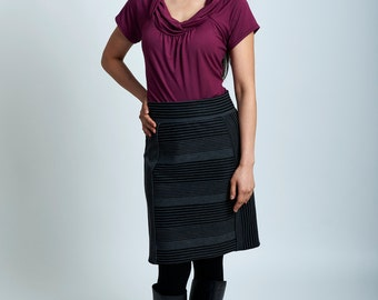 Rae skirt -  gray and black parallels stripes