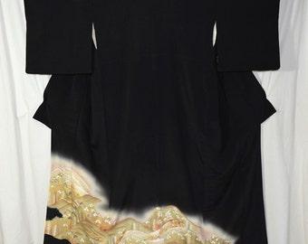 Vintage Japanese Tomesode Kimono Woman's Robe Collectible Display - Remote Village