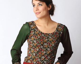 Green floral jersey top, Long sleeved jersey top, Green and red tshirt, sheer sleeved shirt, Green mesh sleeves, Women tshirt, womens top