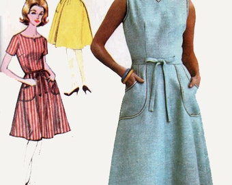 Vintage 60s Back Wrap Dress Sewing pattern Advance 3152 1960s MOD Vintage Sewing Pattern Size 12 B32