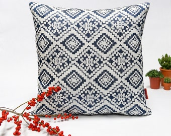 Mid Century Modern decorative pillow cover graphic decor in blue and white - 40x40 cm - 16x16