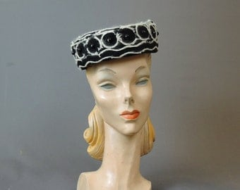 Vintage Black Felt Hat with Angora Embroidery and Black Beads, 1960s Wool Felt Hat, 21 inch head