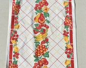Vintage Towel Bright Fruit on Lattice