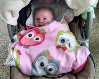 Car seat blanket, stroller blanket, baby blanket, winter blanket, fleece blanket, baby shower gift, safe car seat blanket