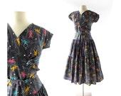 Vintage 1950s Dress / Modiste Roi / Novelty Print Dress / 50s Cotton Dress / XS