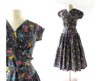 1950s Vintage Dress | Modiste Roi | Novelty Print Dress | 50s Dress | XS