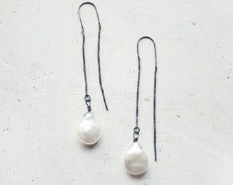 Drop Chain Earrings / Modern Earrings / Minimal Earrings / Pearls Earrings