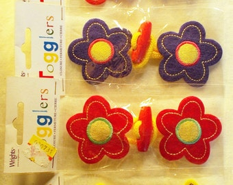 Toggle Clasps Frogs Wood Button Bright Colors Childrens Coat Closures Stars Flowers Daisies Pink Purple Yellow Lot of 6