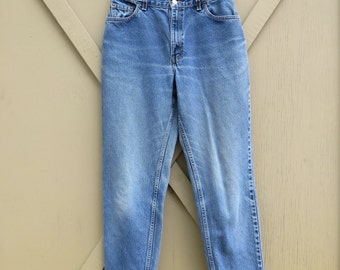 80s vintage Levi's 550 Faded High Waist Relaxed Fit Tapered Leg Jeans / made in the U.S.A.