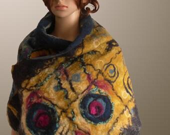 Art to wear. Nuno felted handmade scarf