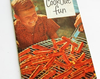 Vintage Oscar Mayer Cookbook Cookout Fun Recipes Mid Century Advertisement