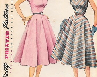 Simplicity 3952 UNCUT 1950s Flattering Sleeveless Dress Vintage Sewing Pattern Size 12 Fitted Bodice