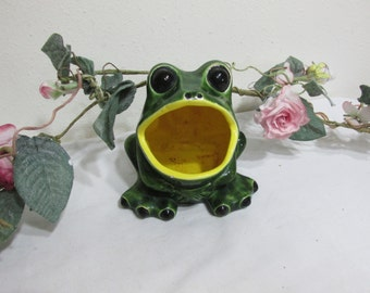 Vintage Frog Scrubbie Holder Green with Yellow Mouth