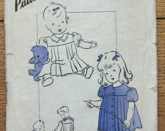 Vintage 30s/40s Hollywood unprinted sewing pattern 777 Adorable Toddler's DRESS Front and back Pleating front or back closing  sz 1