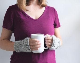 Fingerless Gloves // Knit Fingerless Gloves // Wrist Warmers // Chunky Fingerless Mittens // Knit Gloves