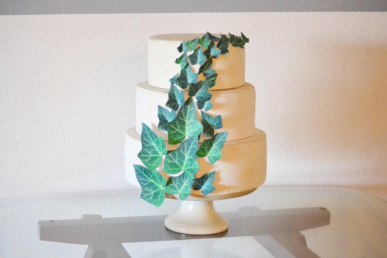 Etsy Wedding Cake Decorations : Edible Ivy Leaves Cake & Cupcake toppers Wedding Cake