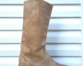 Frye Boots Destroyed Leather Boots Mens 8 EE Womens 10 Campus Boots Western Boots Extra Wide Work Boots Vintage Frye Cowboy Boots UK 8 EU 41