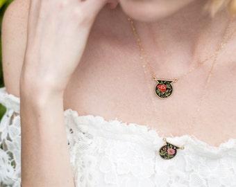 Unique Vintage Medallion Necklace, Red and White Vintage Necklaces, Shield Floral Cloisonne Jewelry, Black Necklaces
