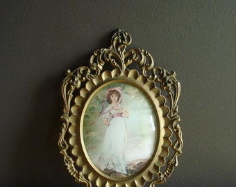 Oval Frame - Vintage Picture Surround - Ornate Gold Convex Frame - Pinkie Painting Print