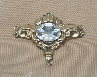 Antique Victorian 2 to 1 Connector Pendant for Assemblage Necklaces