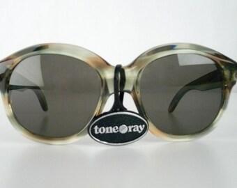 Vintage 80s Sunglasses, Gray, Tan Eyeglasses, Gray Lens, Oversized Frames, Plastic, Tone Ray, Glasses Made in France, Large, New Old Stock
