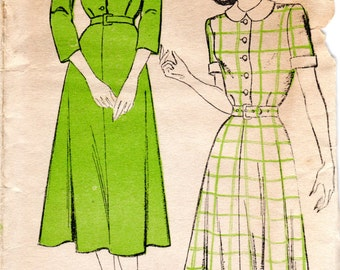 1940s Womens Shirtwaist Dress Pattern - Vintage New York 271 - Bust 33