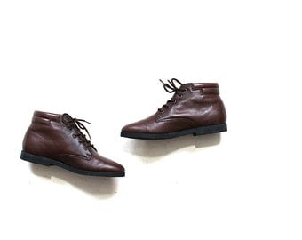 Vintage Ankle Boots 6 / Brown Leather Boots / Lace Up Booties