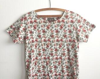 90s Floral Tee Shirt, Size Medium
