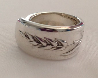 Spoon Ring. Song of Autumn Choose Your Size 6 to 12 Wheat Pattern Vintage Silverplate
