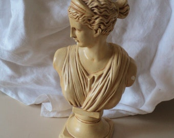 Woman of Antiquity. Greek Goddess or Roman Woman Statue or Figure