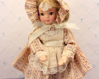 Mini Doll Collectible Porcelain Country Girl Wearing Bonnet Enesco 1984