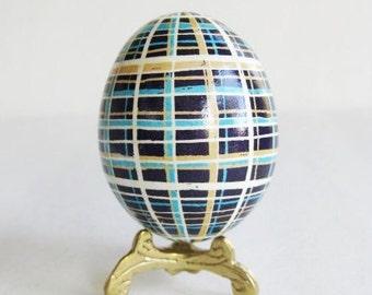 Blue plaid chicken batik egg pysanka, Ukrainian Easter egg, batik chicken egg shell