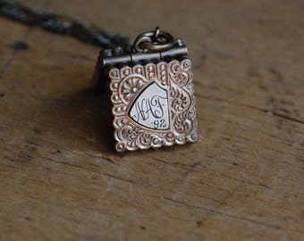Antique Victorian gold fill square locket with engraving