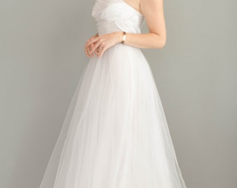 Vintage 1950s White Tulle Wedding Dress - 50s Tea Length Wedding Dress - Strapless Wedding Dress