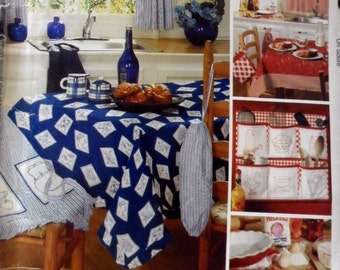 McCalls 3560 or 615  Home Decorating Retro Kitchen Table covers, Organizer, Apron, Plastic Bag Holder, Potholder, Towel  UNCUT Sewing Patter