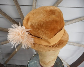 Vintage Adolfo II N.Y. Paris Women's Fedora style hat. Caramel brown Faux Fur w faux peach feather. Muskateer Imported Body. Made in Austria