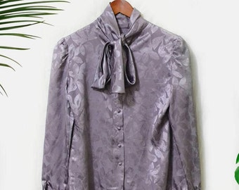 Vintage ST. JOHN secretary blouse with neck tie bow