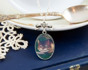 Cheshire Cat Necklace, Alice in Wonderland Necklace, Alice in Wonderland Gifts