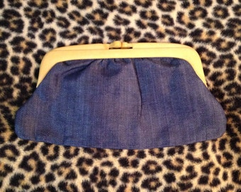 Woven Clutch Purse Navy Strawbridge and Clothier Italy Kiss Clasp