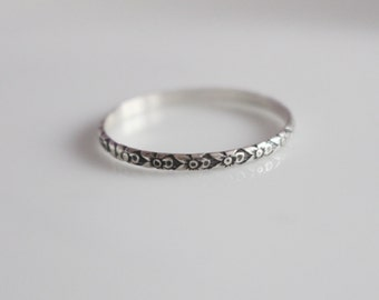 Thin Ring  / Thin Dainty Ring / Ultra Thin Ring / Made to Size Ring /  Sterling Silver Ring / Patterned Ring / Small Silver Ring /