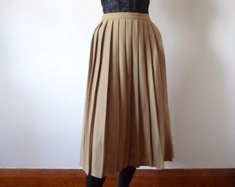 1980s Wool Skirt - camel color pleated skirt - vintage preppy fall & winter fashion