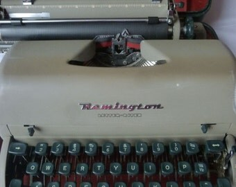 1956 Remington Rand Letter-Riter Vintage Typewriter in Original Case with Vintage Accessories