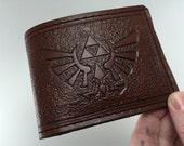 Zelda Inspired Hyrule Crest Wallet - Monotone Briar Brown