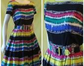 1950s Day Dress / 50s 60s Cocktail Dress / Bright Bold Graphic Stripe Print / Full Skirt / M Medium