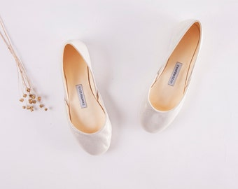 The Metallic Ballet Flats in White Gold | Wedding Shoes in Light Gold | Engagement Shoes in White Gold