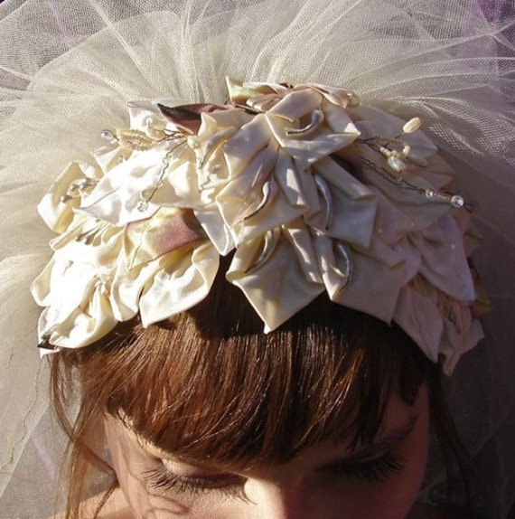 AUDREY HEPBURN 1960'S Bridal Headpiece, Swan Lake Ballet Style, Wedding Tiara of White Lilies  Pearls and Crystal Stamen