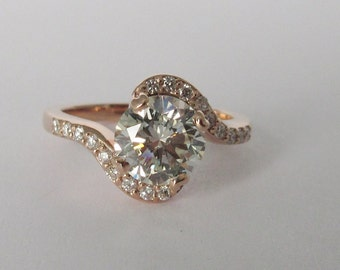 Vintage Inspired Engagement ring 14kt Rose Gold with diamonds