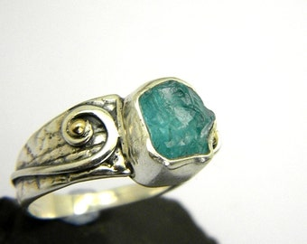 Raw apatite ring sterling silver and gold  rough gemstone ring, cocktail ring, ocean blue apatite stone ring size 8.5  apatite jewelry ooak